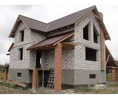 Продам дом у озера и леса в селе под Киевом!
